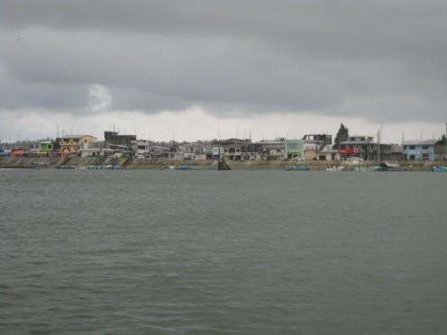 Muisne, Ecuador, Il molo dalla parte del Relleno, Caschi Bianchi Focsiv