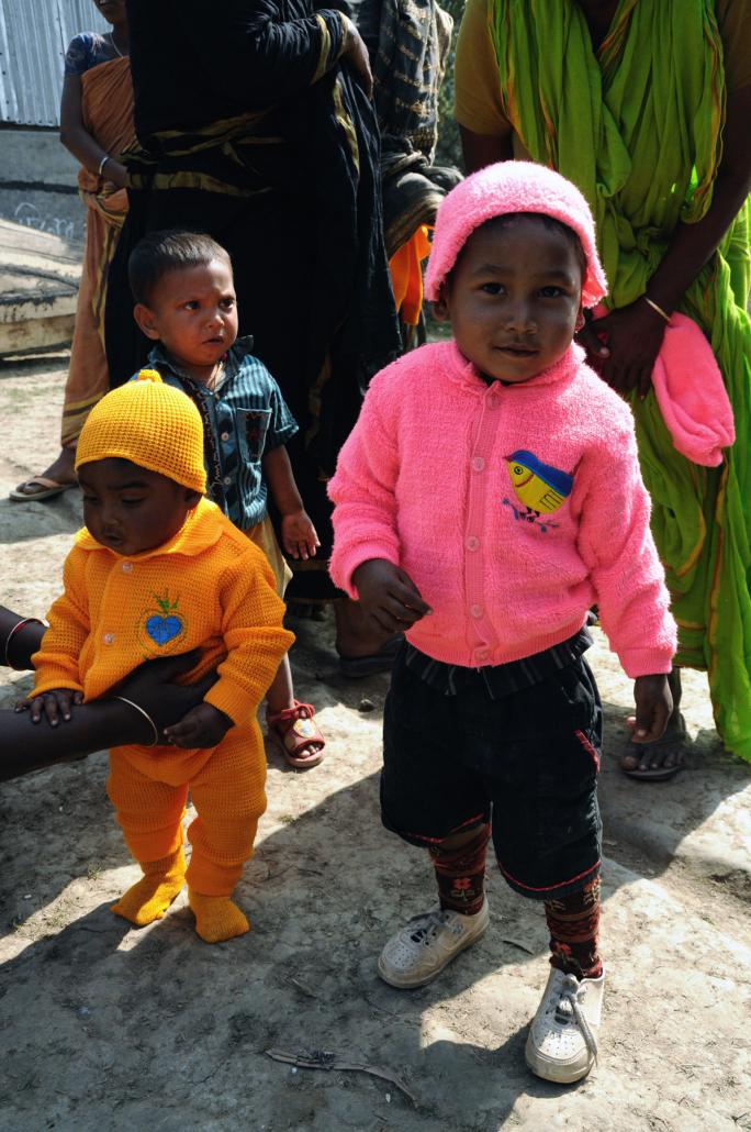 Chalna, Bangladesh. Bambini