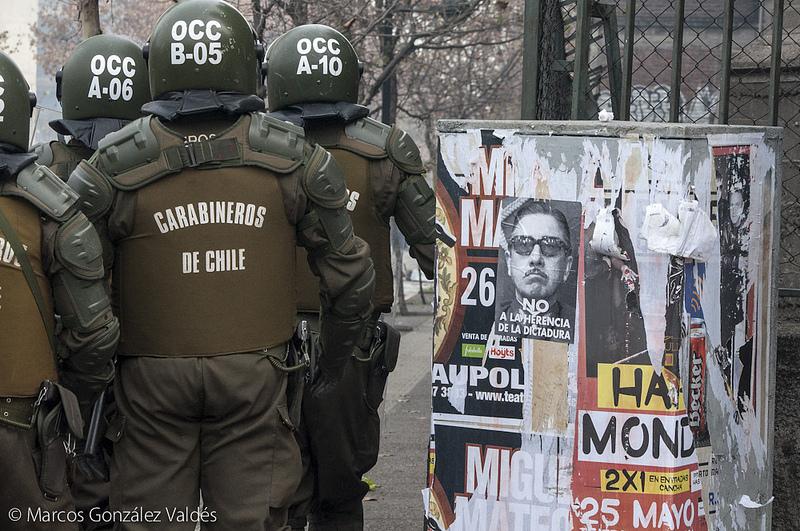 Scontri durante l'homenaje a Pinochet, Santiago del Cile, 2012, Foto da http://www.flickr.com/photos/makarenko_mg/7178292651/