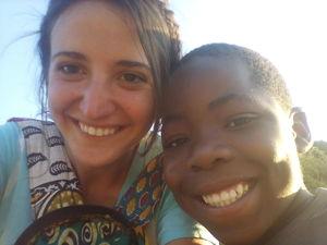 Federica con un bimbo zambiano