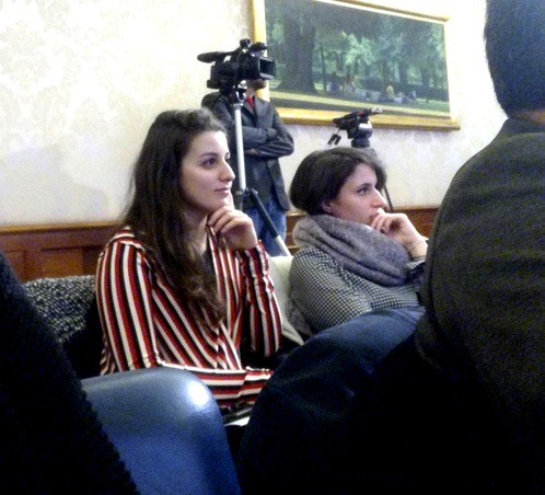 Serena e Beatrice, Caschi Bianchi Apg23
