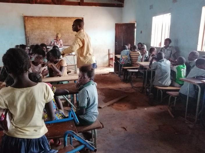 Progetto Rainbow_Zambia_minori_scolarizzazione