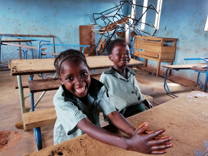 Progetto Rainbow_Zambia_scolarizzazione