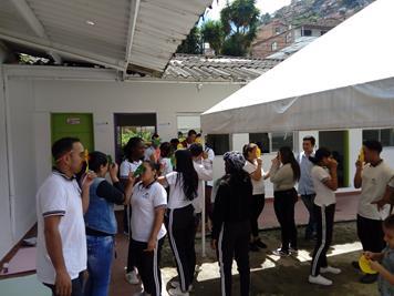 Colombia_Medellin_Teatro per l'inclusione con gli studenti del SENA