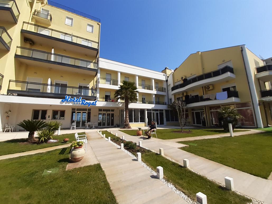 Apg23_hotel Royal_Rimini